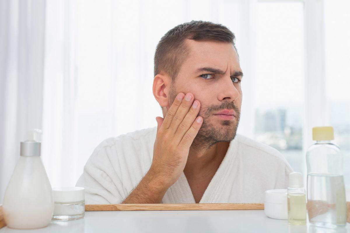 Peeling do twarzy – dlaczego warto go używać lub pożyczyć od dziewczyny?