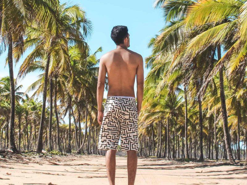Szykujesz się do wakacji? Nie zapomnij spakować stylowych kąpielówek