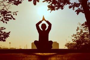 Jak zacząć medytować i po co właściwie to robić?